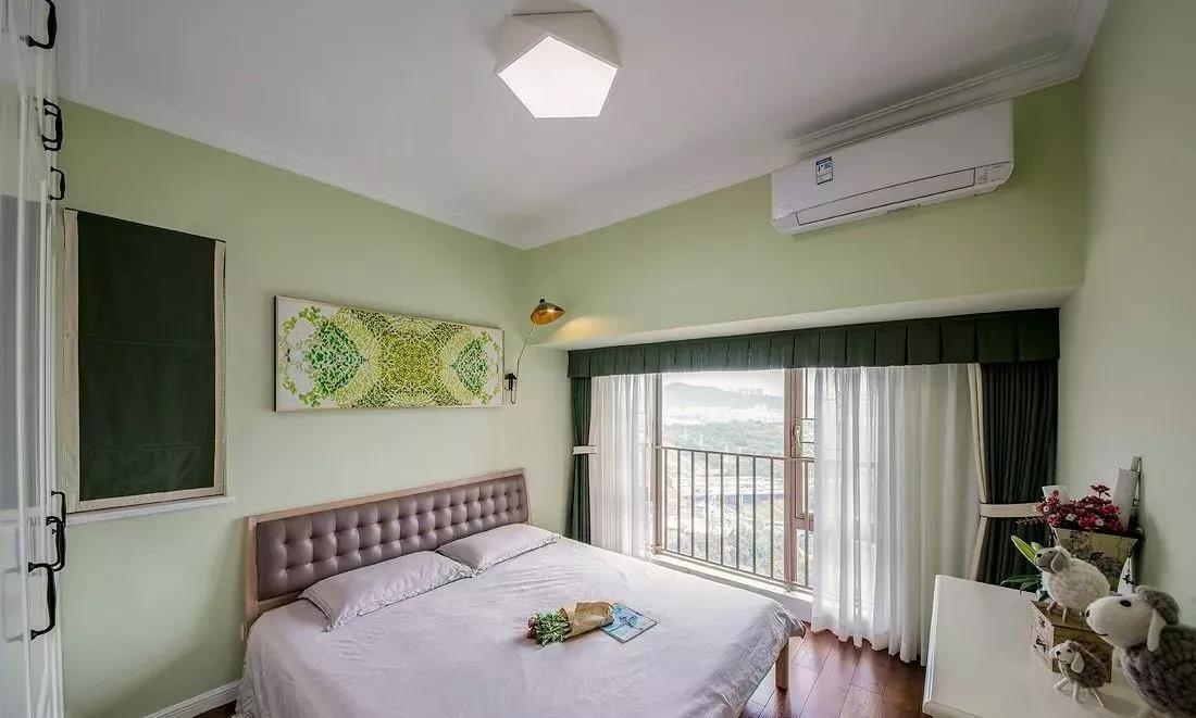 100㎡两居室卧室装修效果图