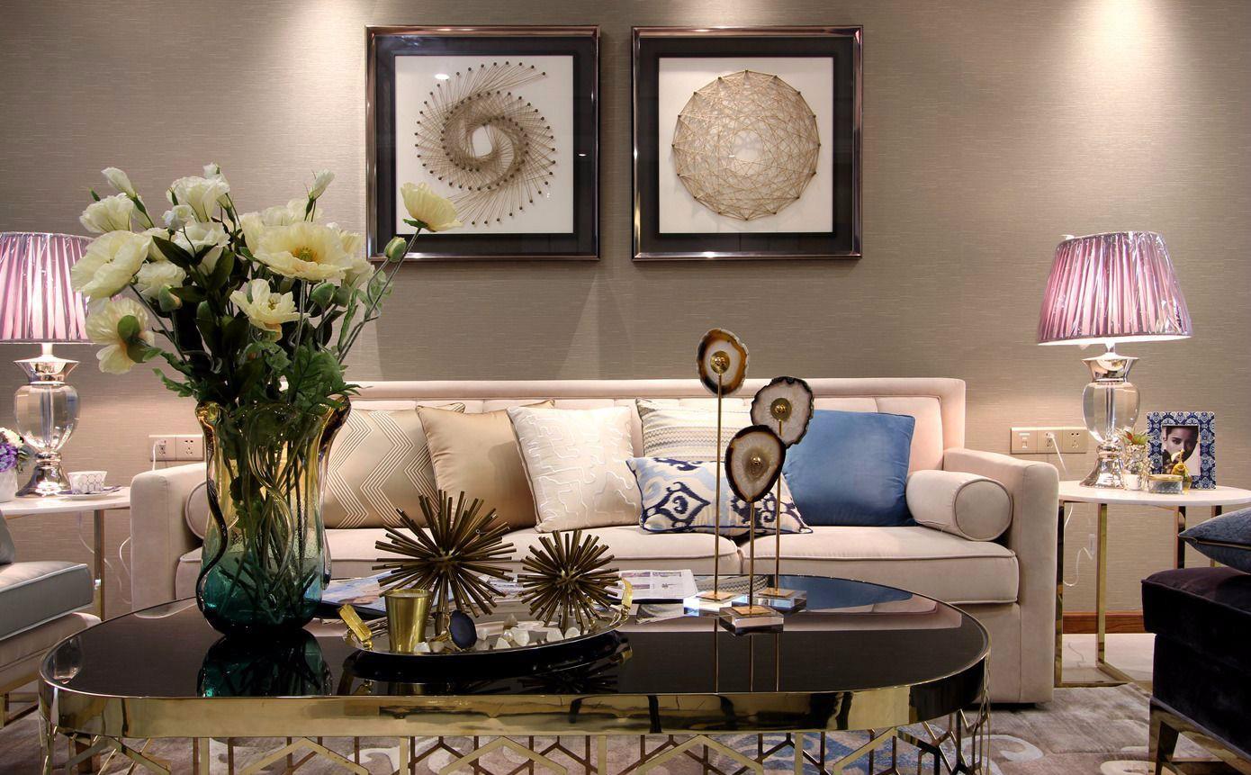 时尚简欧三居室沙发背景墙装修效果图