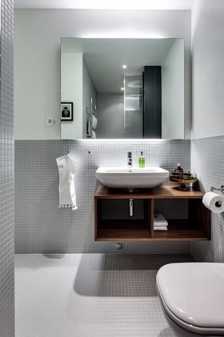北欧风格公寓卫生间装修效果图