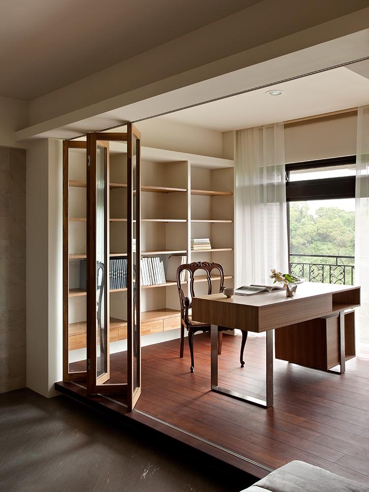130平现代风格书房装修效果图