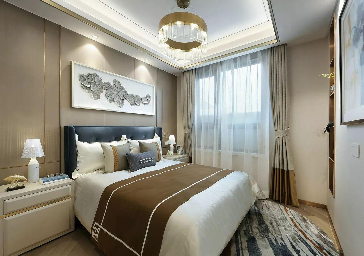 现代轻奢风卧室装修设计图