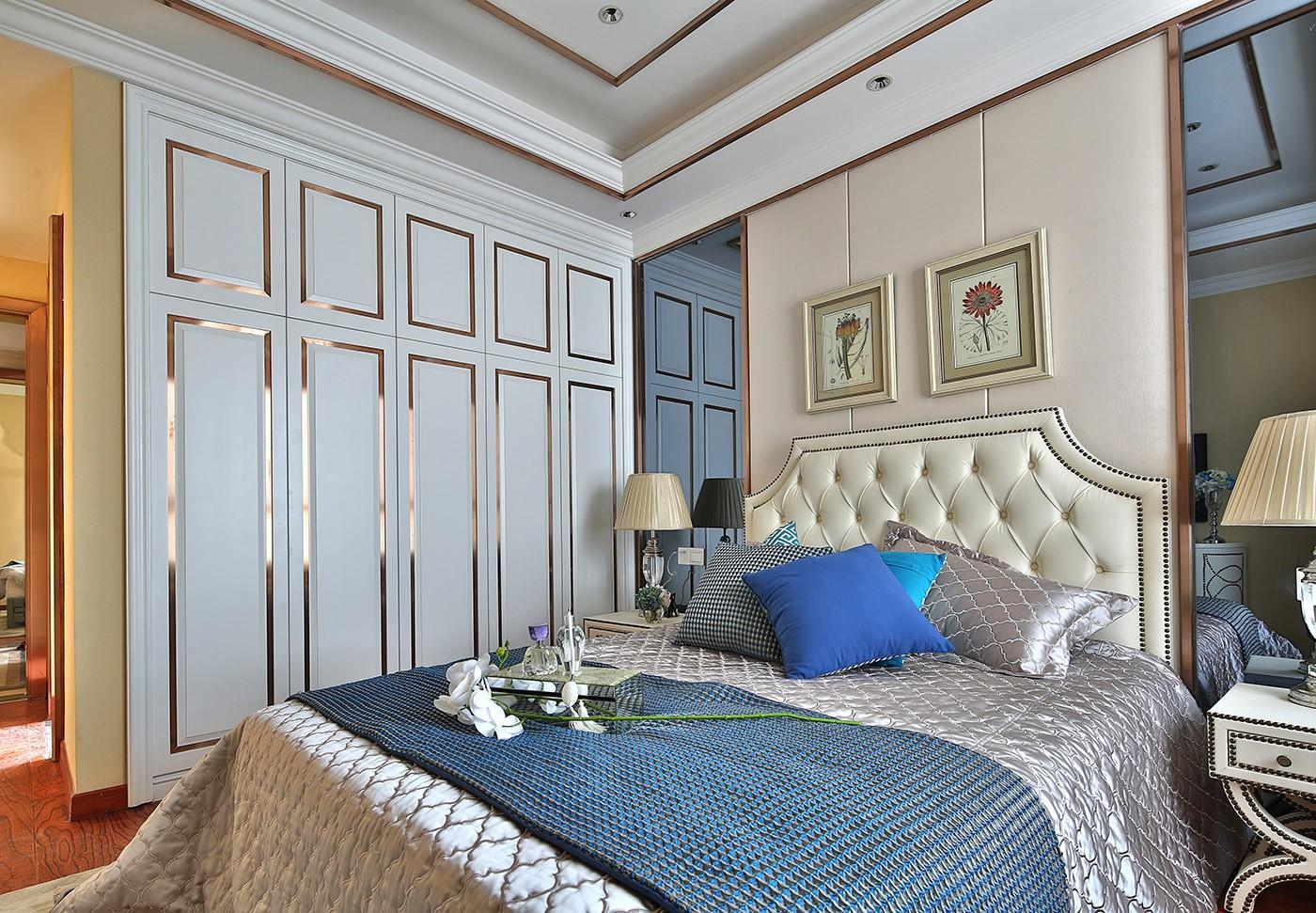 现代欧式风三居卧室装修效果图