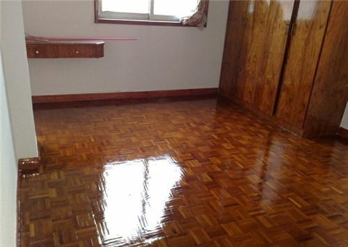 木地板打蜡方法是什么