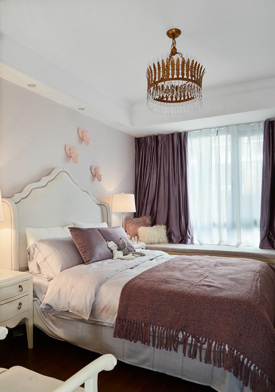 三居室美式风格装修卧室布置图