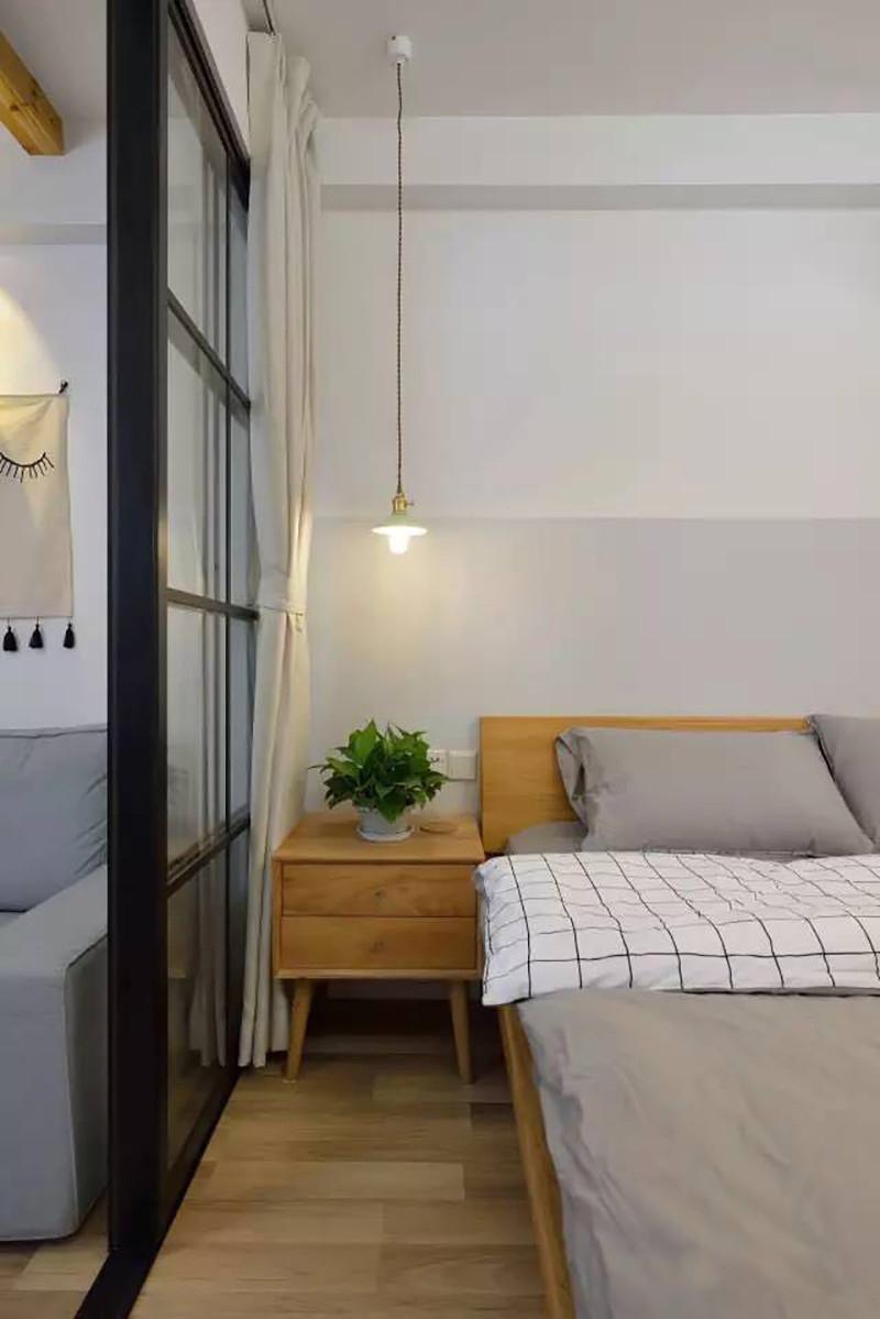 小户型两居室装修床头柜设计图