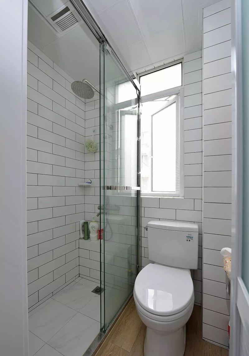 小户型两居室卫生间装修效果图