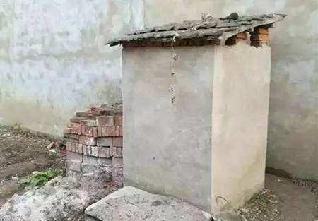 晒晒婆故农村己建房,固然粗劣但很皓净等于,独壹不满坚硬是厕所!