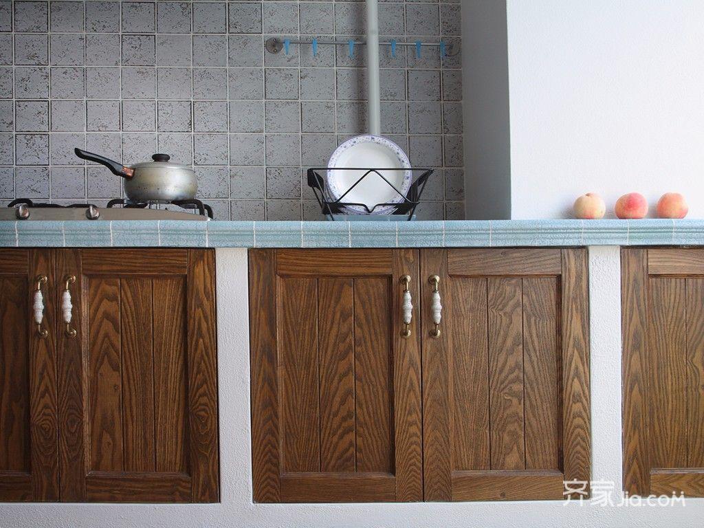 85平美式木質櫥柜裝修效果圖