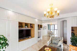 145平美式风格四居客厅装修效果图