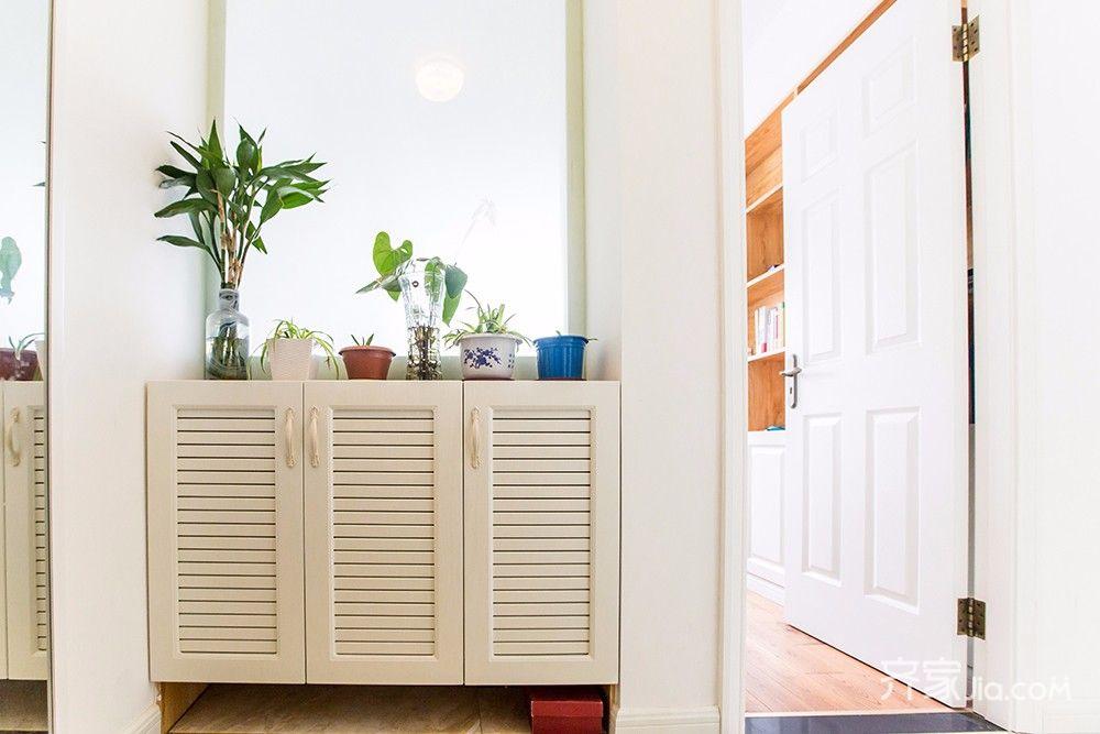 145平美式风格四居装修鞋柜设计图