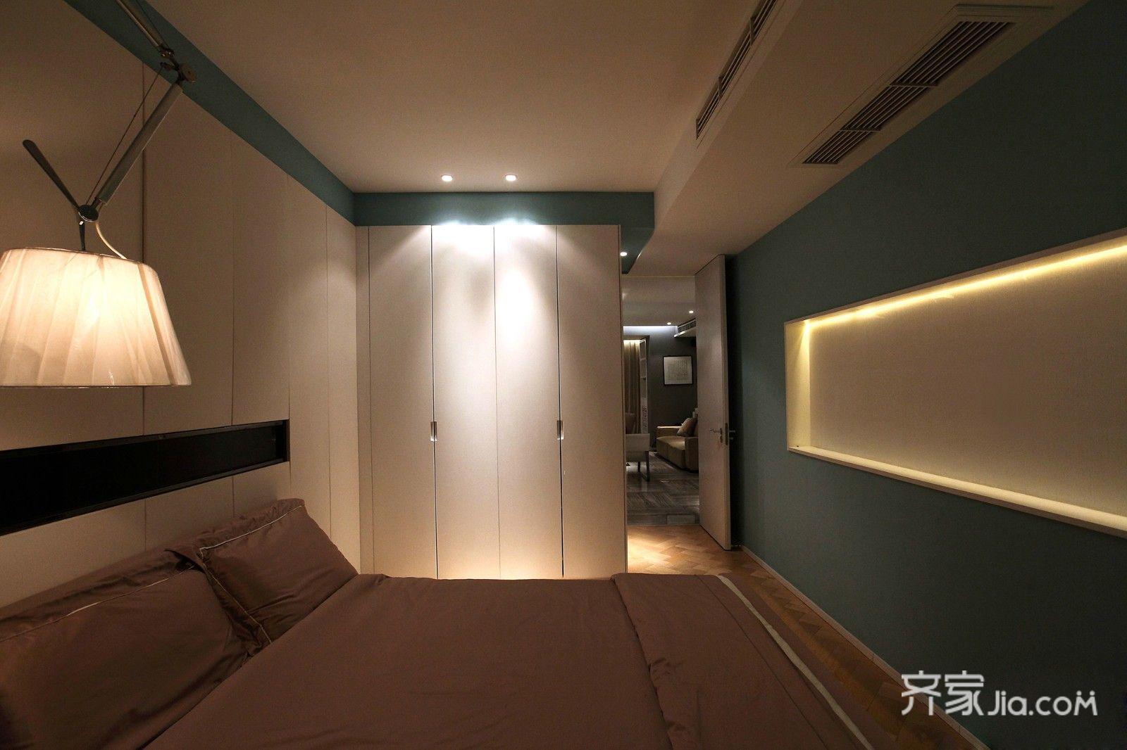 128㎡现代简约三居卧室装修效果图