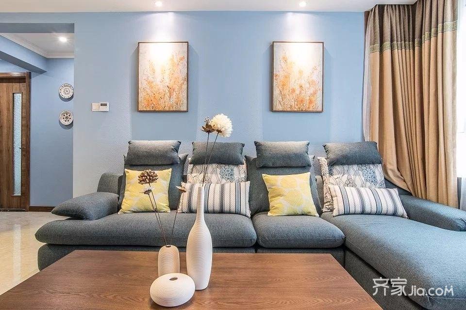 110平简美风格三居沙发背景墙装修效果图