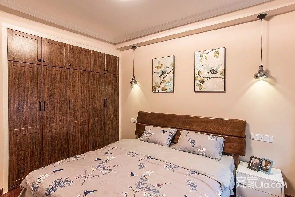 110平简美风格三居装修衣柜设计图