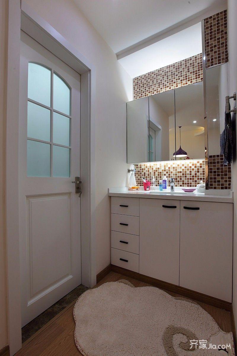 80平二居室现代简约卫生间装修效果图