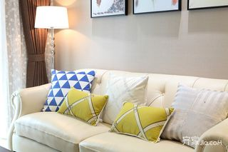 120平混搭三居装修沙发设计图