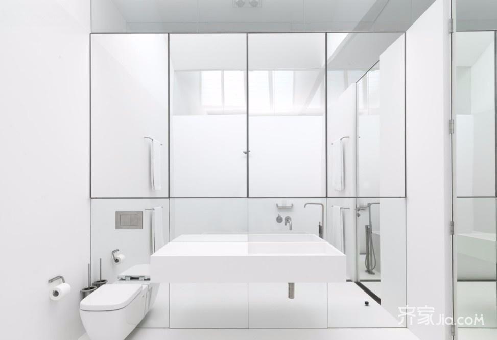 150平现代简约四居卫生间装修效果图