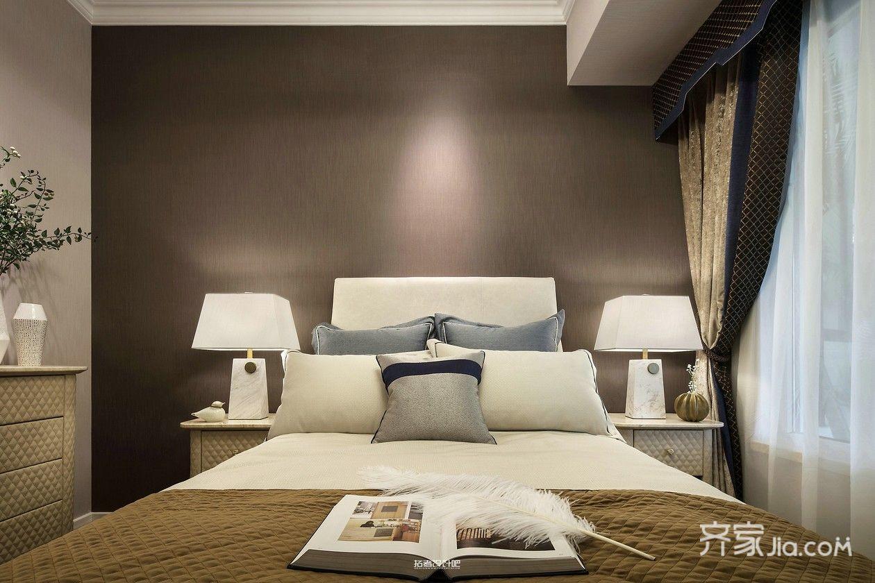 美式混搭风三居装修床头背景墙效果图
