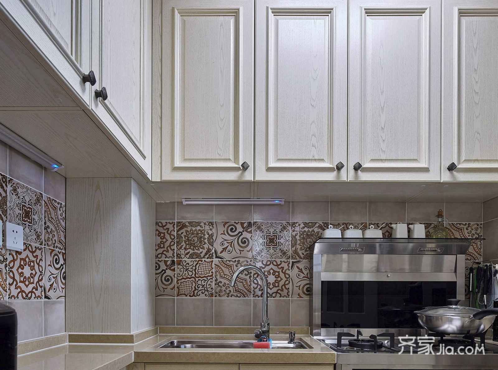 美式混搭两居室装修橱柜设计图