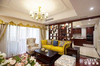 125㎡美式风格三居客厅吊顶装修效果图