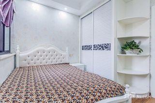 145平欧式风格四居装修卧室背景墙效果图
