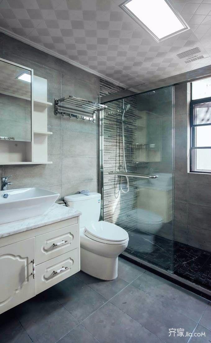 140平美式风格卫生间装修设计效果图