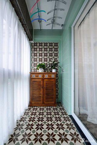 混搭风格两居室阳台装修设计效果图
