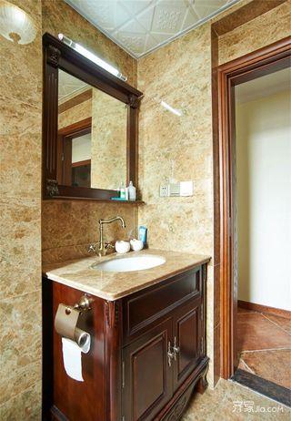 美式风格三居装修浴室柜设计图