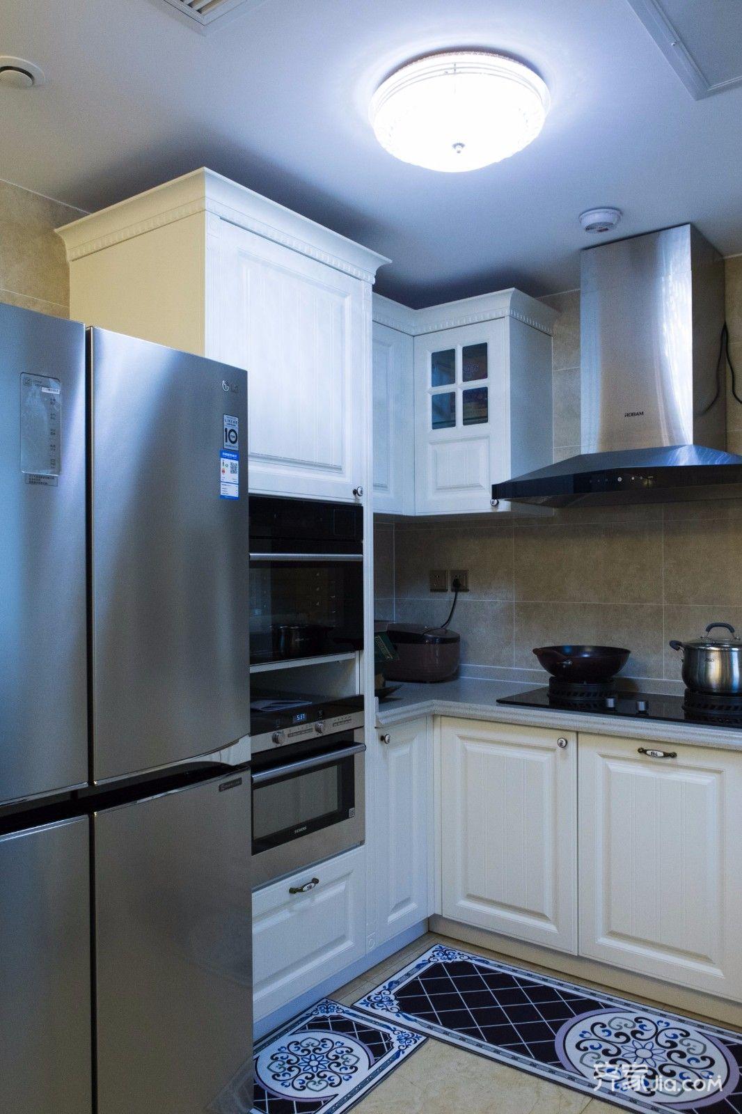 110平欧式风格三居装修橱柜设计图