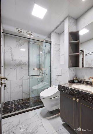 法式混搭三居室卫生间装修效果图