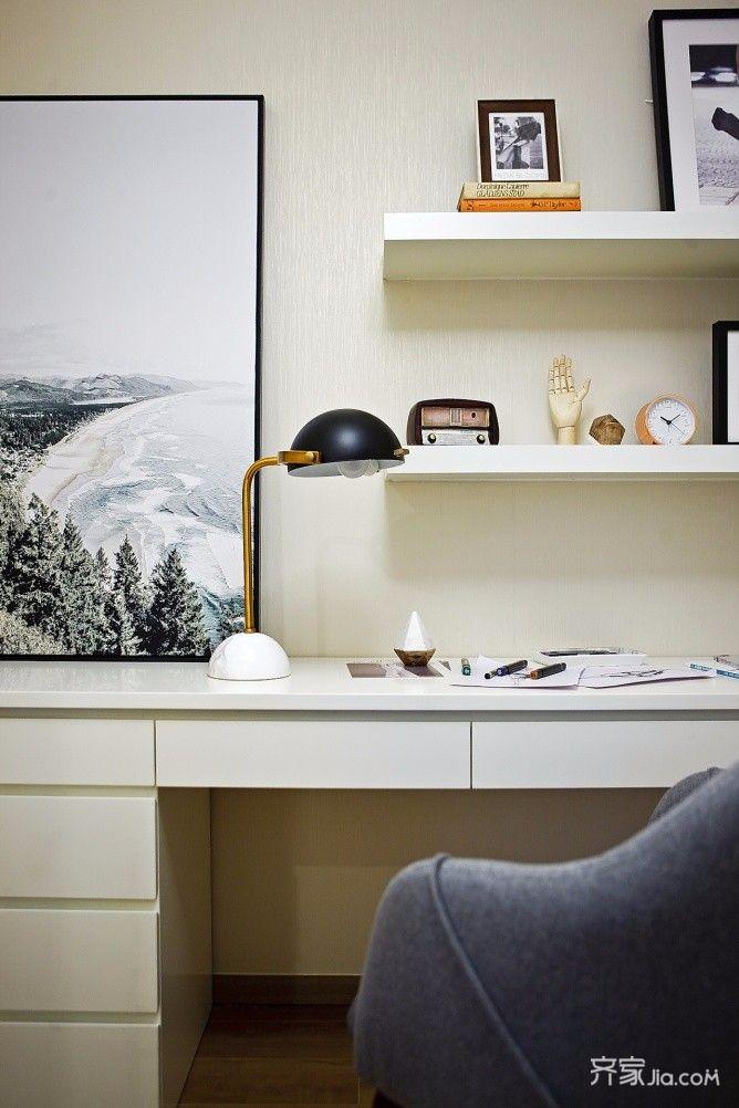 三居室混搭风格装修书桌设计图