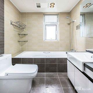 117平米简约三居装修卫生间布局图