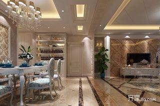 136平欧式风格三居装修客餐厅过道效果图