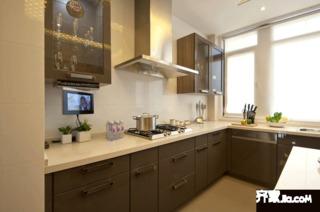 三居室简欧风格厨房装修效果图