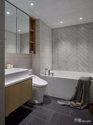 130平简约风格三居卫生间装修效果图