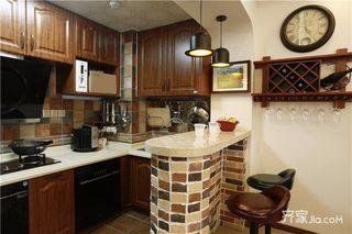 美式乡村风格三居装修厨房布局图
