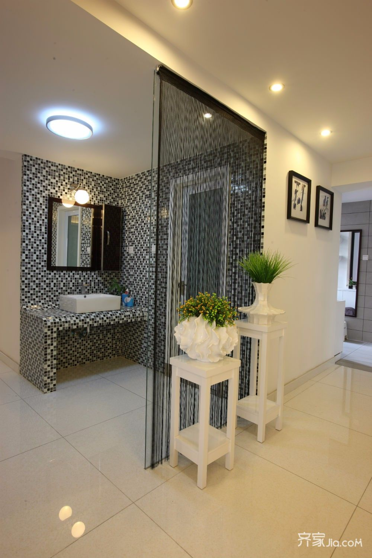 155平简约风格装修卧室卫生间实景图