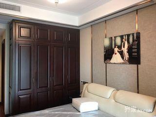 中式三居室装修卧室实景图
