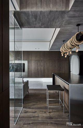 125平美式三居室装修吊灯图片