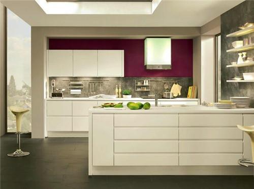 厨房瓷砖是用什么颜色选择厨房瓷砖注意事项选择衣柜价格项目