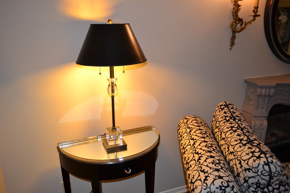 侧排卫生间灯具价格如何选择台灯