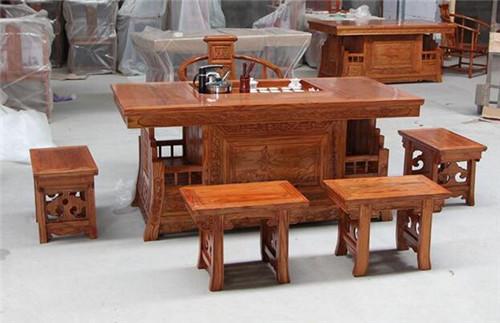 老廚房隔絕榆木茶桌價格是多少榆木家具的優缺點