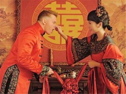异国婚姻能长久吗  异国婚姻利弊分析