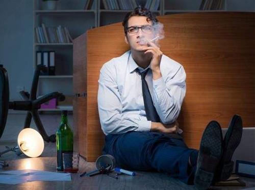 离婚后的男人心理分析 原来男人也有脆弱的时候