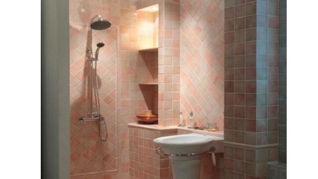 卫生间瓷砖铺贴时,万万记住这几个要点,不然后悔来不及!