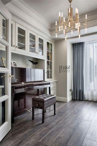 143平轻奢美式风装修书房钢琴区