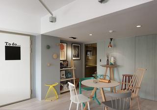 清新北欧风二居装修餐桌椅图片