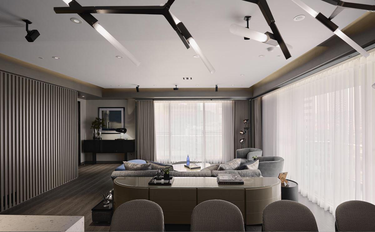 大户型现代风格家客厅吊顶效果图