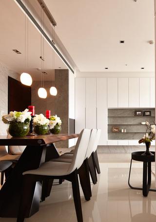 115平现代风三居装修餐桌椅设计图