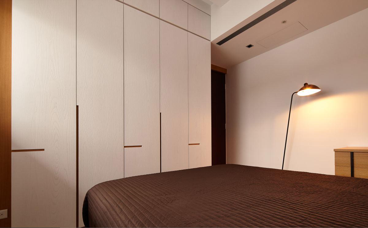 115平现代风三居装修壁柜设计图