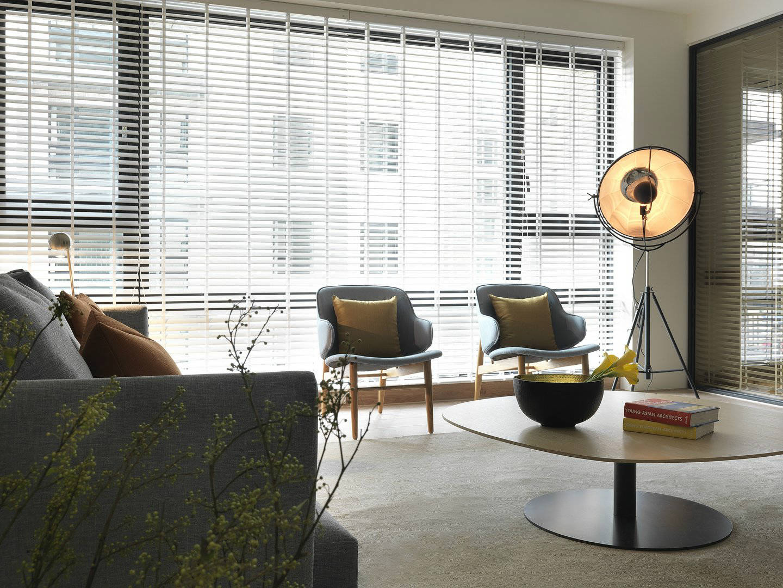 145平现代原木风装修窗帘设计图